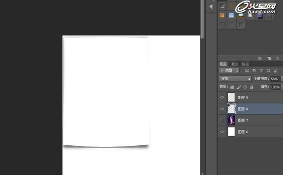 下面的这种效果相信是很多妹纸梦寐以求的效果吧!男盆友们还等什么,赶紧学起来吧! 最终效果图:  先找到一张素材,我刚刚看到的是京剧题材的。我也找张京剧的花旦图片。 1、新建1200X1600白色背景文件,贴入您找到的任何图片,我的是花旦,很漂亮。  2.隐藏掉这个红颜祸水。在图片左上角框出一个四分之一大小的选框。新建一层填充黑色,不取消选框,再建一层填充白色,就是纸张的颜色 。这时你应该看不到黑色图层了。 3.